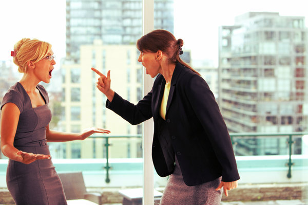 women-fighting-in-office