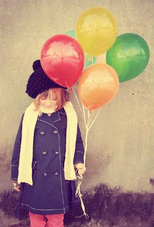 balonlu çocuk