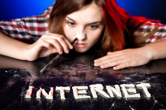 o-INTERNET-ADDICTION-facebook