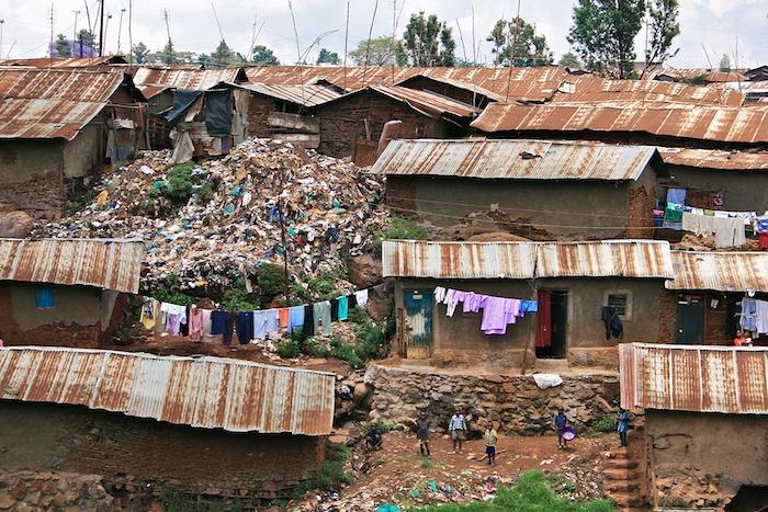 Kibera_Nairobi_Kenya_slums_shanty_town_October_2008