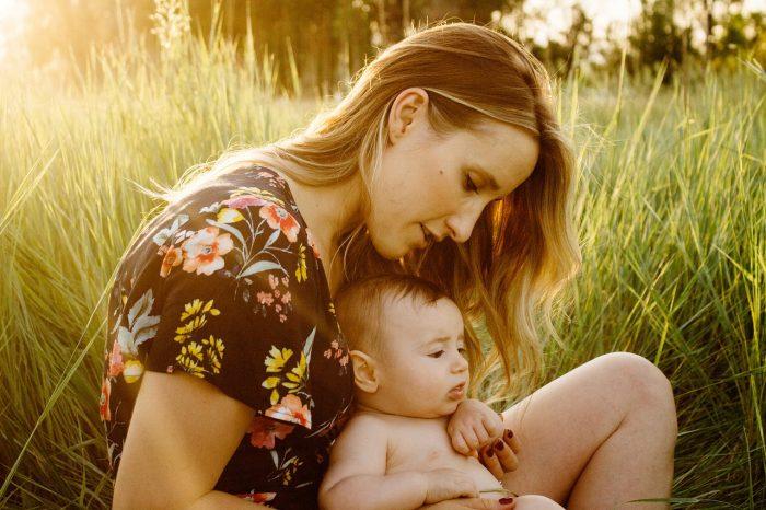 hasta-bebege-en-iyi-ilac-anne-sutu